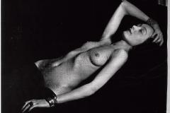 Sin título.  Escrito en braille sobre fotografía de Man Ray.  28 x 35,5 cm  Colección Familia Ferrari